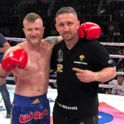 Edi Gafencu a făcut furori la Colosseum București: Arădeanul l-a făcut KO pe olandezul Doeve cu o lovitură de generic!