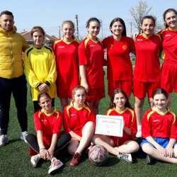 """Fotbalistele de la """"Agrișu Mare"""" și LPS Arad merg la """"zona"""" Olimpiadei Naționale a Sportului Școlar"""