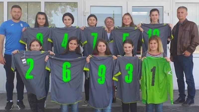 """Fotbalistele de la Agrișu Mare atacă titlul național al ONSȘ: """"Pregătite pentru o experiență unică"""""""