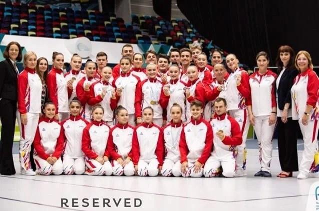 """Arădenii au câștigat medalii """"sub tricolor"""" la Campionatele Europene de gimnastică aerobică"""