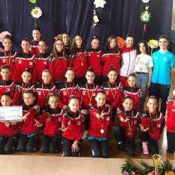 CS Universitatea Arad, cel mai bun club la Concursul Național Cupa Cetății Deva la gimnastică aerobică