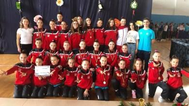 Photo of CS Universitatea Arad, cel mai bun club la Concursul Național Cupa Cetății Deva la gimnastică aerobică