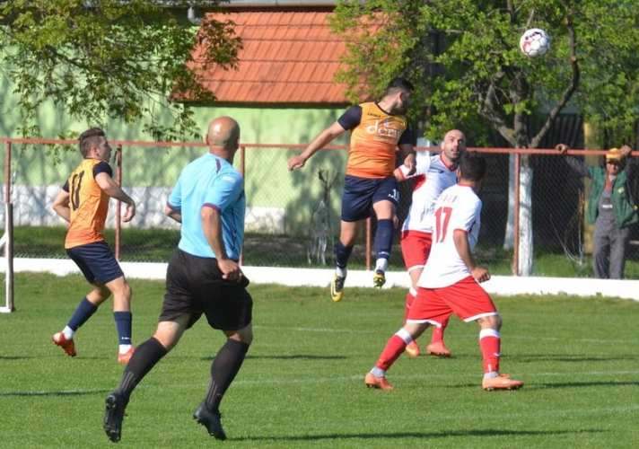 VI-FE și-a pierdut concentrarea cu 12 minute înainte de penalty-uri, campioana are șansa eventului: Victoria Felnac - Progresul Pecica 0-4