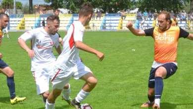 """Photo of Puștii """"roș-albi"""" au rezistat doar o oră în fața campionilor: Progresul Pecica – UTA II  3-0"""
