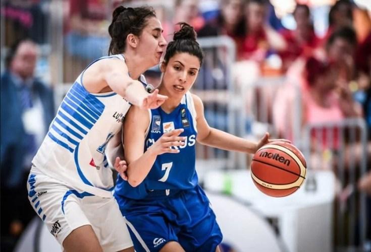 Cipriota Akathiotou e noul conducător de joc al FCC Baschet Arad