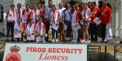 Campioanele de la Piroș Security și-au luat medaliile și trofeul, dar și aplauzele unui întreg oraș + FOTO