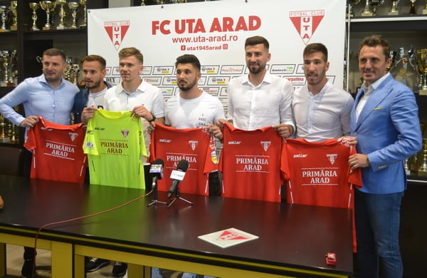 UTA și-a prezentat primele achiziții: Iacob, Ilie, Tomozei, Stancu și Buhăcianu
