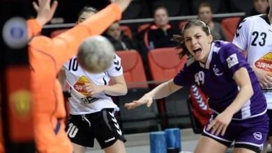 Photo of Milica Golusin, prima handbalistă străină din lotul Crișului!