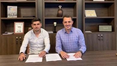 Photo of Balint și-a primit mijlocașul dreapta chiar înainte de a pleca în cantonament: Ursu a semnat cu UTA și e al 23-lea utist din lotul pentru Rogla