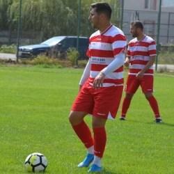 Făgărașanu a făcut diferența pentru timișeni: ACS Dumbrăvița - Gloria LT Cermei 2-0