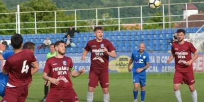 Liga a III-a, seria a 4-a: Deva produce prima mare surpriză stagională: Victorie la Dumbrăvița!