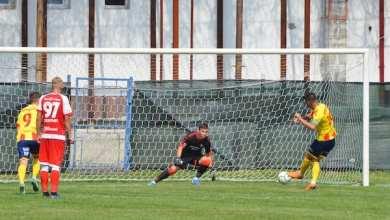 """Photo of Iacob – la al șaptelea penalty apărat în carieră, dar și la primele goluri încasate la UTA: """"Fotbalul îți mai dă câte un duș rece"""""""