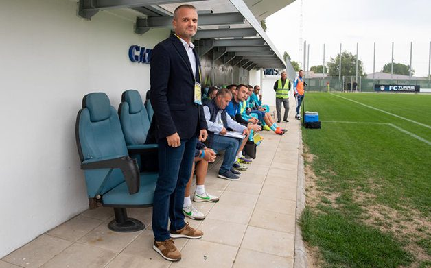 Şoc în curtea liderului Ligii a 2-a după înfrângerea de la Piteşti: Lincar şi-a anunţat demisia, dar președintele lui Turris încearcă să-l întoarcă din drum!