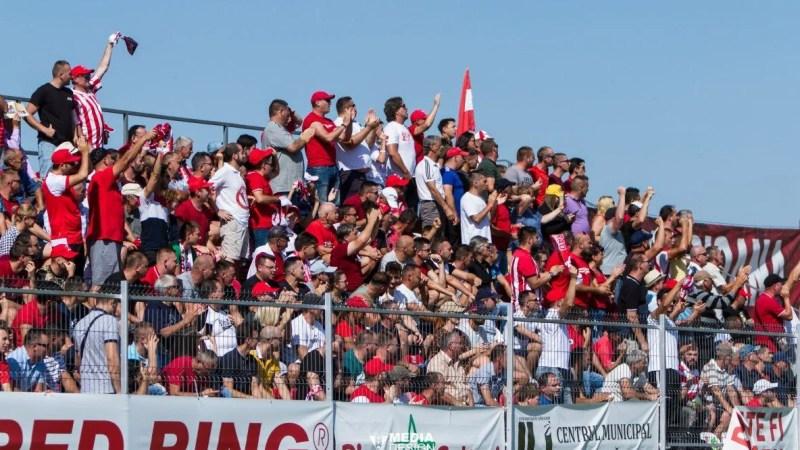 30 și 10 lei – biletul de intrare la UTA – Dinamo, abonații își pot păstra locurile până vineri!