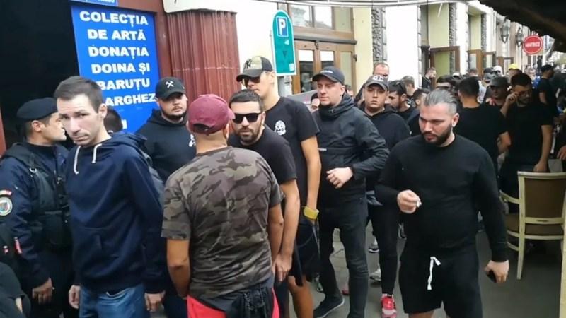 Opt fani dinamoviști și-au petrecut noaptea în arestul poliției timișorene, la Arad au fost evitate bătăile cu suporterii UTA-ei