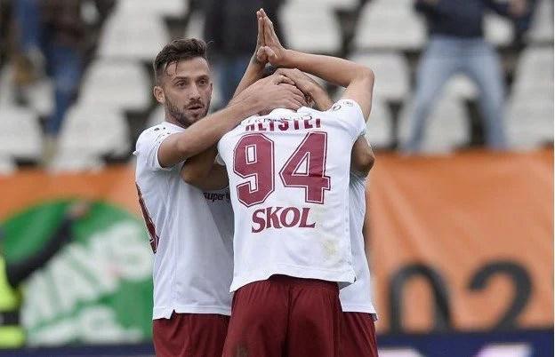 """Hlistei le-a cerut iertare fanilor arădeni pentru golul de 2-0, în Rapid – UTA: """"Să terminăm ambele pe locurile direct promovabile în Liga 1!"""""""