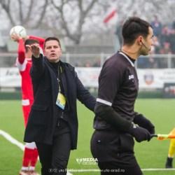 """Stoican nu ia decizii la cald nici după eșecul Petrolului la Arad: """"Nu acum sunt mumă pentru jucători şi mâine sunt ciumă. Bravo, cinste UTA-ei și fanilor ei"""""""