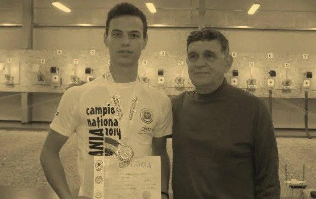 Destin crunt: Elevul Vrăbieș a plecat după profesorul Vasilescu la câteva luni distanță