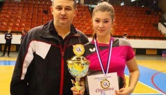 CSM Arad a pus mâna pe o campioană națională la tenis de masă!