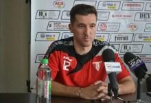 """Photo of Deși e cel mai titrat fotbalist român din lotul UTA-ei, Balauru afirmă: """"Că joc eu, Iacob, sau un junior, important e ca echipa să facă pasul spre Liga I"""""""