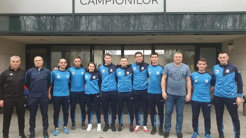 """Și arbitrii sunt pregătiți de reluarea întrecerilor din fotbalul județean, Aradul rămâne cu șapte """"fluierași"""" la Liga 3-a și trei cu un eșalon mai sus!"""
