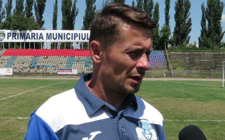 """Unul dintre cei mai longevivi antrenori din Liga a 2-a va completa stafful UTA-ei: Pânzaru devine """"secund"""" cu atribuții de analist"""