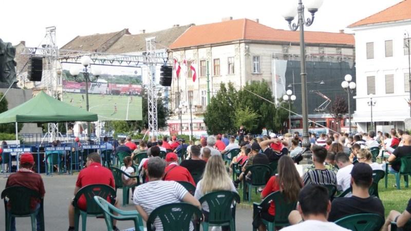 Sărbătoarea promovări utiste poate începe în Piața Avram Iancu, 500 de arădeni invitați să vadă meciul cu Rapid pe ecran mare