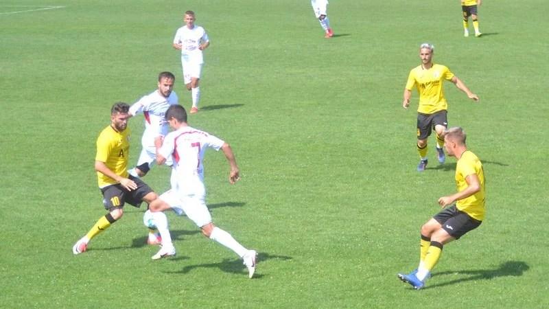 Livetext amical, ora 11: UTA – Șoimii Lipova 1-0 final