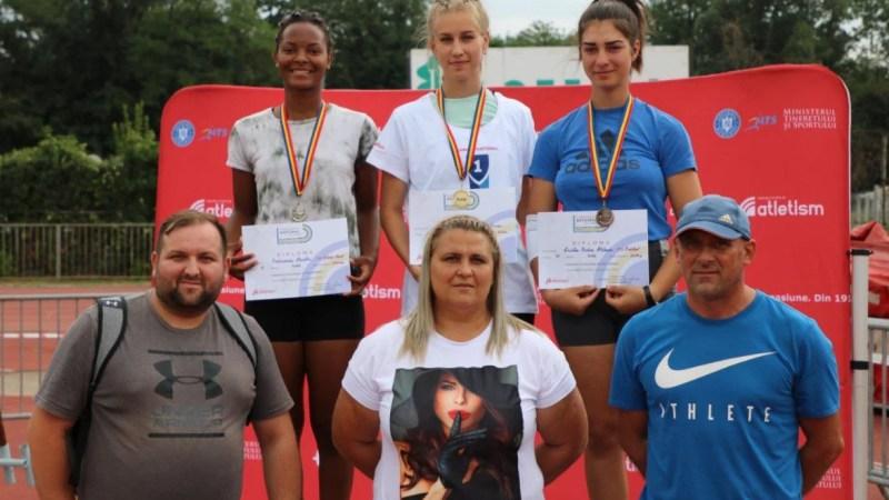 """Vanesa Oriaku e vicecampioană națională la aruncarea suliței, (aproape) toți atleții arădeni au stabilit recorduri personale la """"naționalele"""" de juniori II!"""