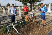 Photo of Ieșenii s-au recules la mormântul lui Ionuț Popa