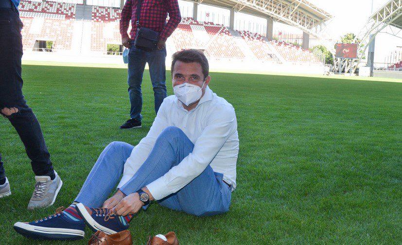 Bibarț s-a întors foarte odihnit din concediu și face foi de parcurs pentru autocarul UTA-ei, altfel nu spune nimic despre parteneriatul nerespectat cu clubul fanion al Aradului!