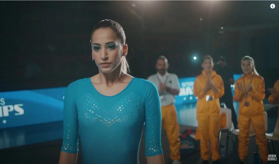 Cadou inedit la ieșirea din scenă: Olivia Cîmpian a renunțat la gimnastică în favoarea medicinei nu înainte de a filma pentru celebrul artist german, Robin Schulz!
