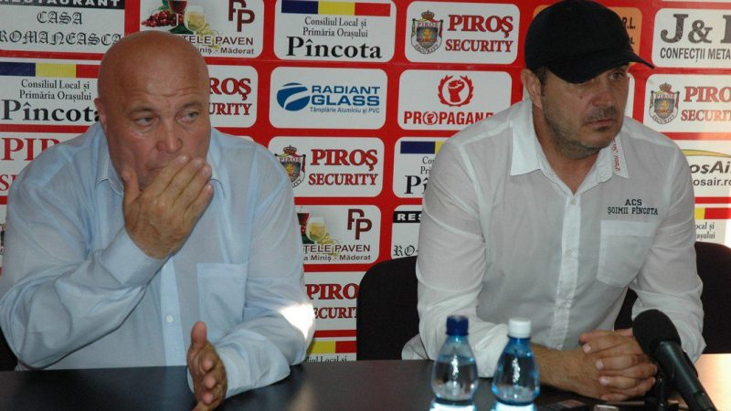 După dispariția tragică a lui Bugar, Pavel Piroș apelează la Dan Cuedan pentru a conduce echipa de fete a Aradului!