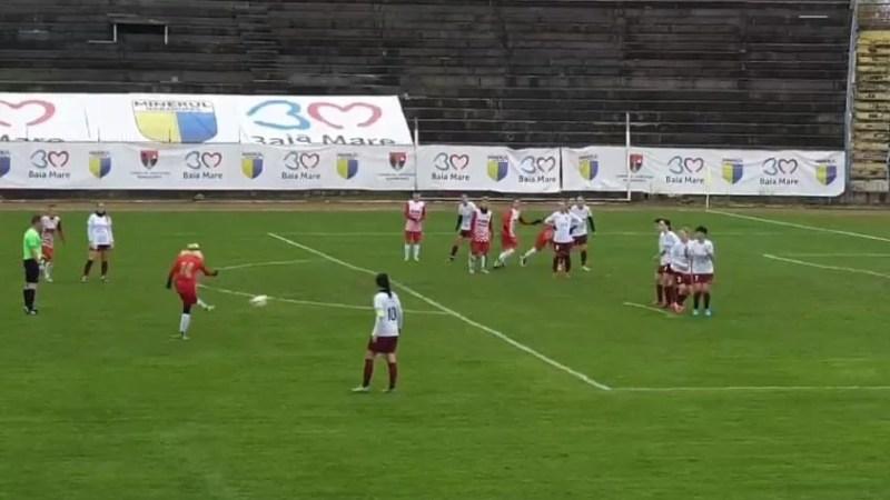 Puncte prețioase în Maramureș, dar jocul a avut de suferit: ACS Fotbal Feminin Baia Mare – AC Piroș Security  2-3