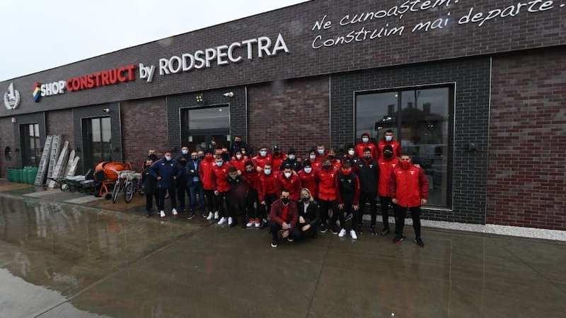 """Utiștii – în vizită la Rodspectra, unul dintre sponsorii importanți ai echipei: """"Împreună facem performanță pentru Arad"""""""