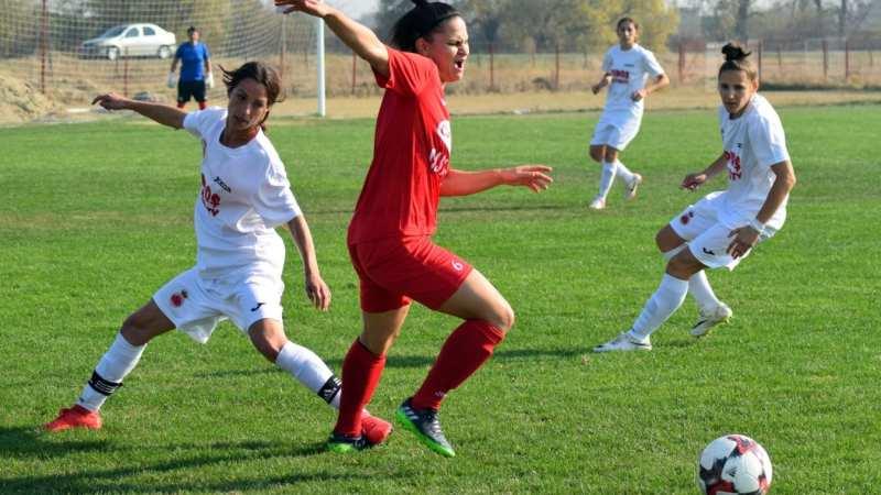 """E derby în fotbalul feminin din vestul țării: Piroș Security poate termina pe podium dacă le bate pe """"verișoarele"""" de la Becicherecu Mic"""
