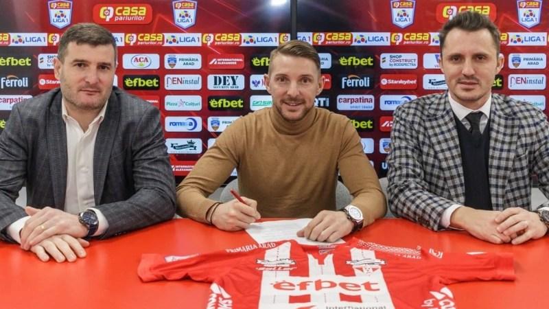 """UTA l-a """"repatriat"""" pe Liviu Antal, fost golgheter al Ligii 1 și al campionatului lituanian: """"Mă bucur că am ajuns la un club cu o istorie mare în fotbalul românesc"""""""