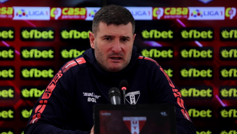"""Balint, verigă în lanțul erorilor din finalul meciului cu FC Argeș: """"Ar fi trebuit să intervin în acea euforie de la bancă, dar am fost și eu prins în ea"""""""