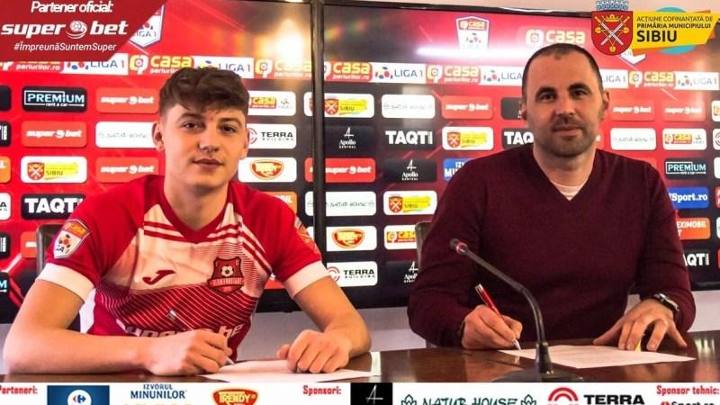 """Oroian nu a mai ajuns la CFR, ci a semnat cu FC Hermannstadt! """"Bine ai venit acasă!"""" îi transmit sibienii!"""