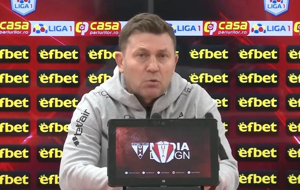 """Andronache îl apără pe Iordănescu: """"Și antrenorii sunt oameni, domnul arbitru trebuia să-l înțeleagă, dar a făcut exces de zel"""""""