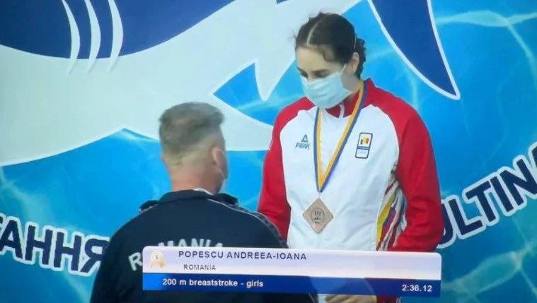 Arădeanca Andreea Popescu, dublu medaliată cu bronz la Multinations Swimming Meet