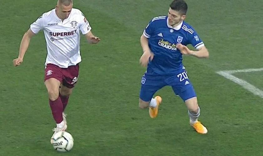 Liga a II-a: ASU Poli pierde rău la Mioveni și Alexa își dă demisia, FC U Craiova rămâne singură în fotoliul de lider după succesul cu Rapidul