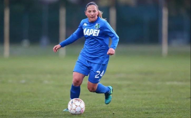 """Cristi Dulca nu a avut ochi pentru fotbalistele de la Piroș Security, dar a rechemat-o """"sub tricolor"""" pe sântăneanca Adina Giurgiu"""