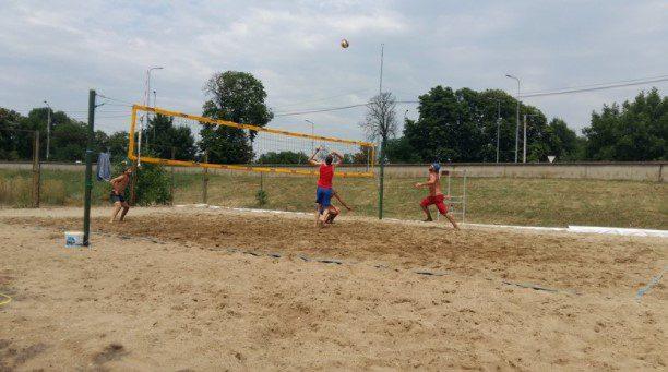 Cupa Aradului a dat startul sezonului de beach-volley: CS Fan şi ProVolei – în top