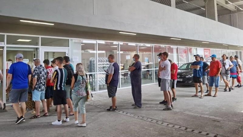 """UTA a vândut aproximativ 1000 de bilete pentru meciul cu Farul, numărul se poate tripla astăzi și mâine! Maxim 5500 de spectatori au acces pe """"Francisc Neuman"""""""