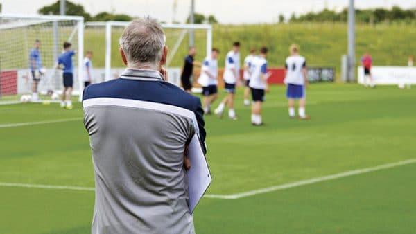 Comment se faire détecter par un recruteur de football professionnel