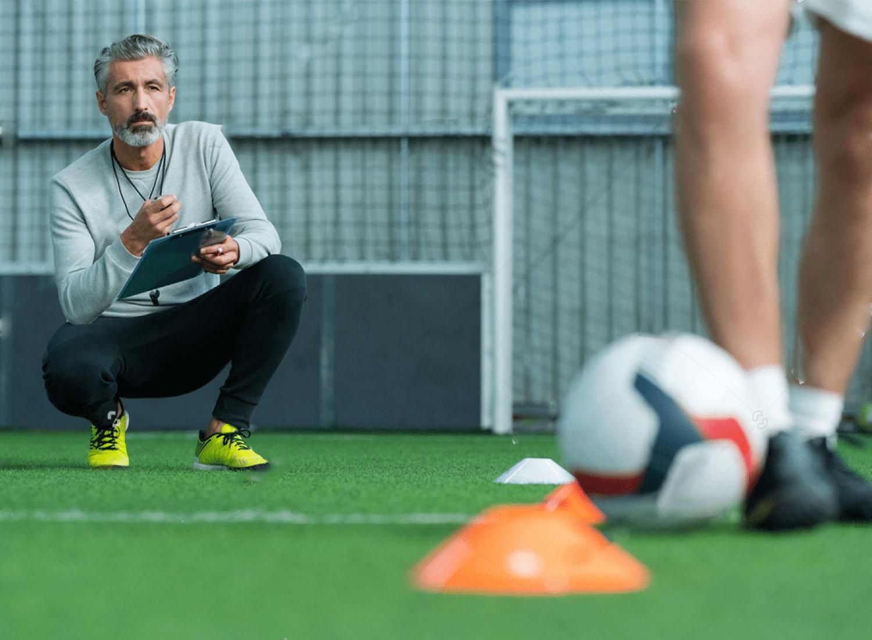 role educateur sportif football