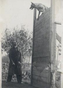 Малинуа преодолевает вертикальную стенку, 1960е гг.