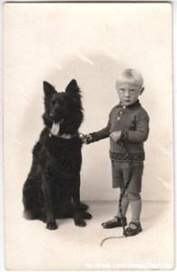 Мальчик с грюнендалем, начало 1900х гг.