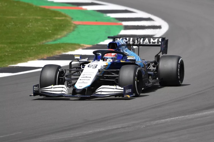 """Sorriso Russell a Silverstone, piccola rivincita dopo Italia-Inghilterra:  """"oggi un'italiana l'ho battuta"""""""